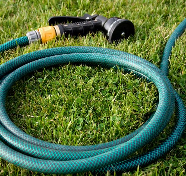 garden hose green